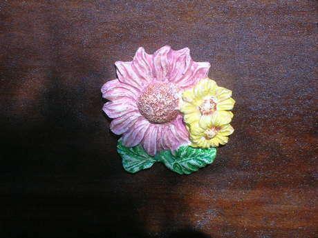 yandaki çiçekler yakın