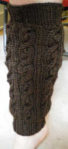 bobbled cable leg warmers :)
