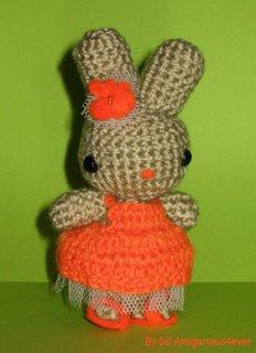 tavşan hanım