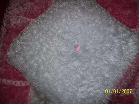 yastık beyaz yüzü