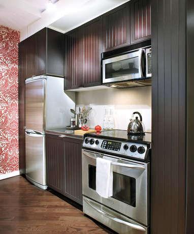 2. Glam tarzda bir mutfak (orta yaşlılar için, lüks bir dizayn)