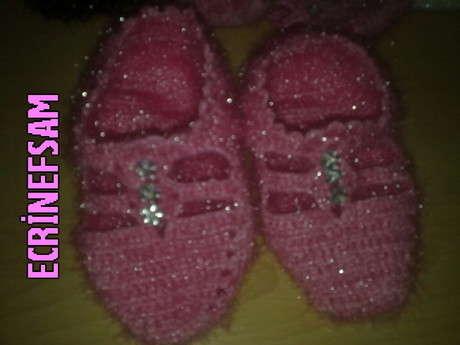 Bu da kızımın ayaklarına :)