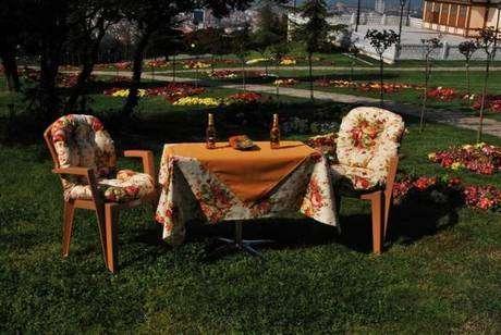 bahçe masa örtüsü