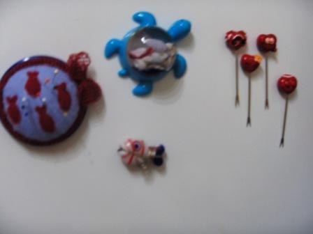 Buzdolabı Magneti, her ikisi de ayrı ayrı:))