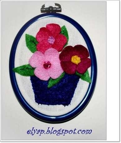 saksıda keçe çiçekler