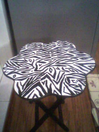 zebra deseni sehpa