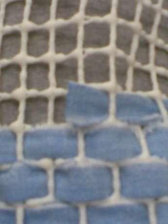şeritleri beyaz kısmı ortaya gelecek şekilde 3 e katladım geçirmesi biraz zor oldu ama
