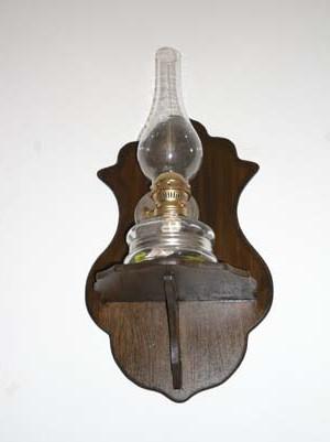 gaz lambam için ahşap lambalık