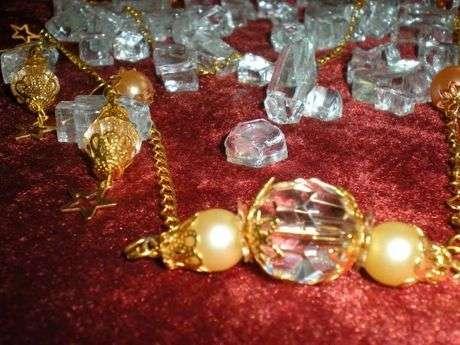 kristalli incili kolye ve küpe