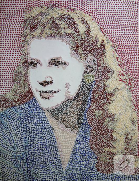 boncuk-isleme-kadin-portresi