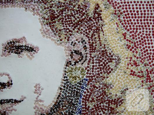 boncuk-isleme-kadin-portresi-detay