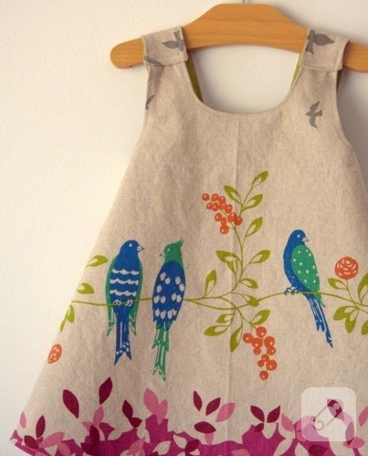 rengarenk-desenli-kumastan-basit-kiz-cocuk-elbise-modeli