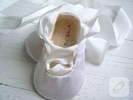 eflatun-kurdeleli-minik-kumas-bebek-ayakkabisi