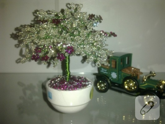 Boncuktan Ağaç