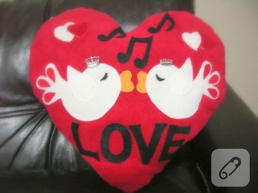 kalpli yastık modelleri