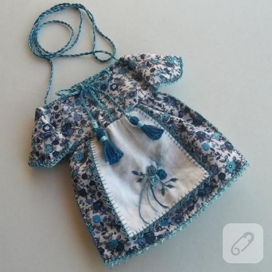 patiska-kumastan-elbise-seklinde-mavi-kese