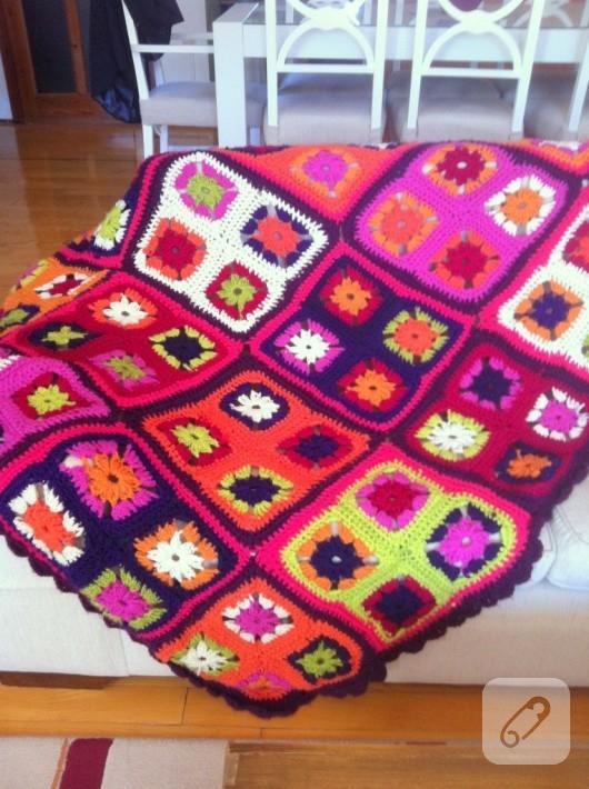 tığ işi battaniye