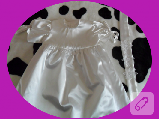 Saten Bebek Elbisesi