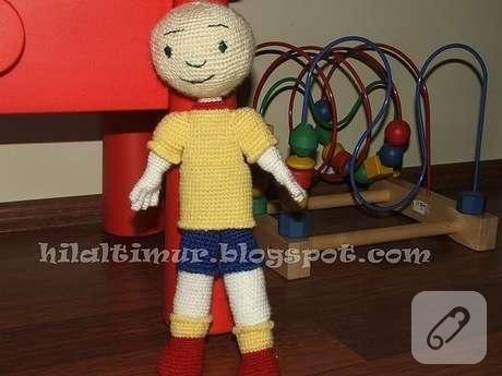 Caillou amigurumi tejido a crochet - YouTube | 345x460