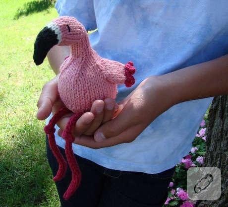 Flamingo amigurumi pattern | Craftsy | Crochet flamingo, Amigurumi ... | 417x460