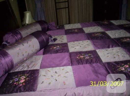 Kurdele nakışı yatak örtüsü