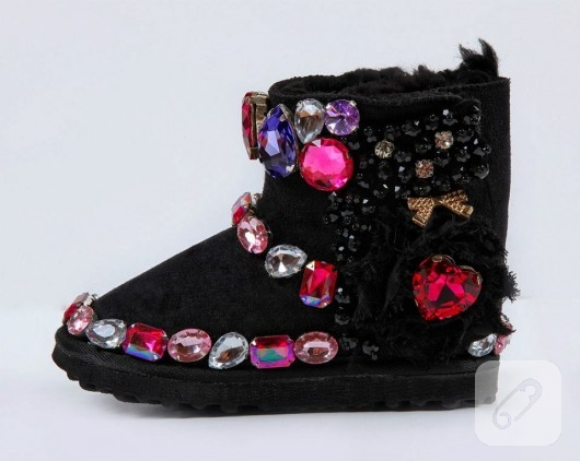 ayakkabi-yenileme-cocuklar-icin-ugg-modelleri-6