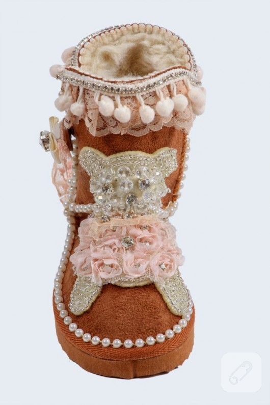 ayakkabi-yenileme-cocuklar-icin-ugg-modelleri-2