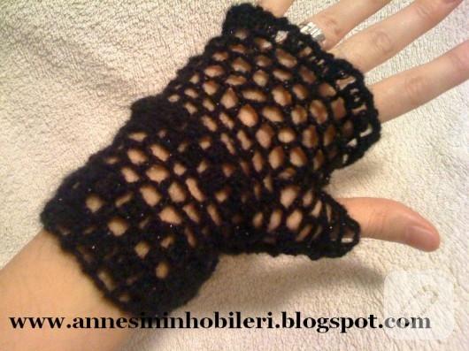 Parmaksız eldiven