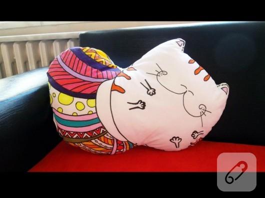 kedili yastık modelleri