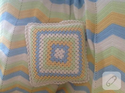 Zigzag bebek battaniyesi