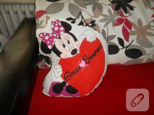 İsimli Minnie Mouse yastık