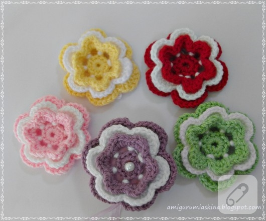 Tığ işi çiçek