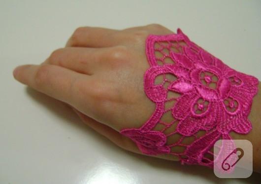 pembe dantel eldiven