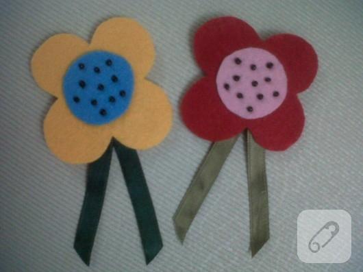 Çiçekli keçe magnetler