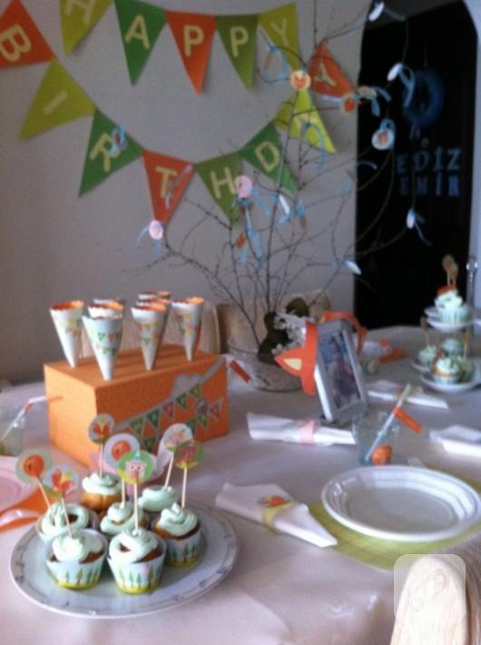 Doğum günü partisi süsleri