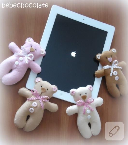 keçe oyuncak ayı