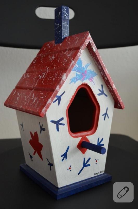 Ahşap boyama kuş evi