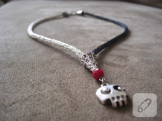 Gümüş örme kolye