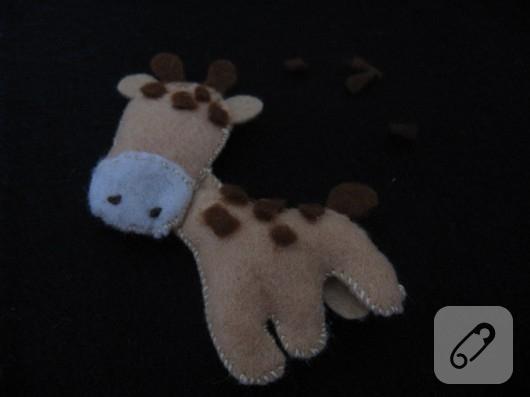 kece-oyuncak-zurafa-yapimi-4