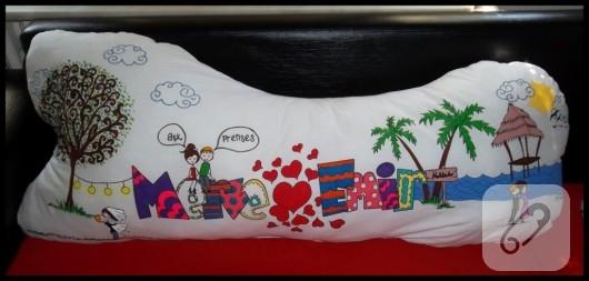 kumaş boyama hikaye temalı yastık