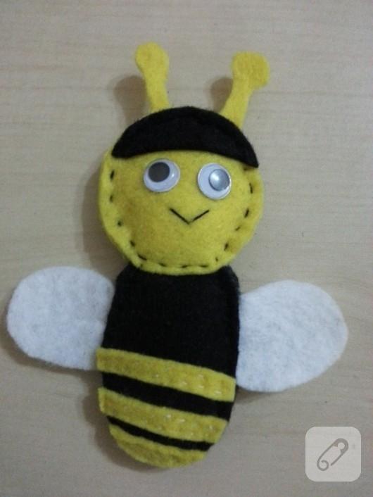Keçeden arı magnet