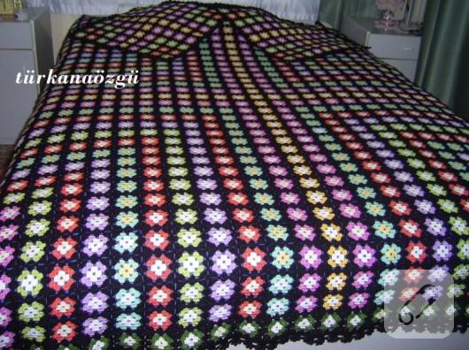 Tığ işi battaniye yatak örtüsü