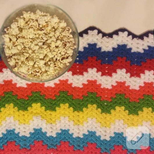 renkli zigzag örgü battaniye yapımı