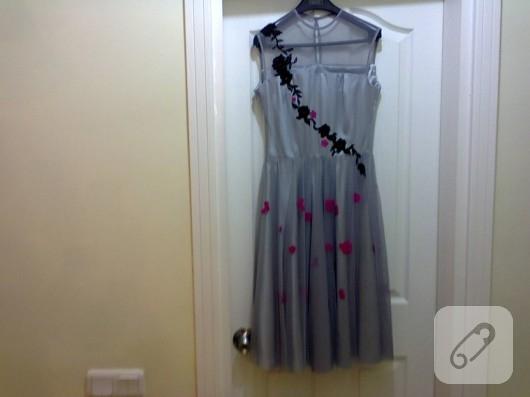 Dantelli kloş elbise
