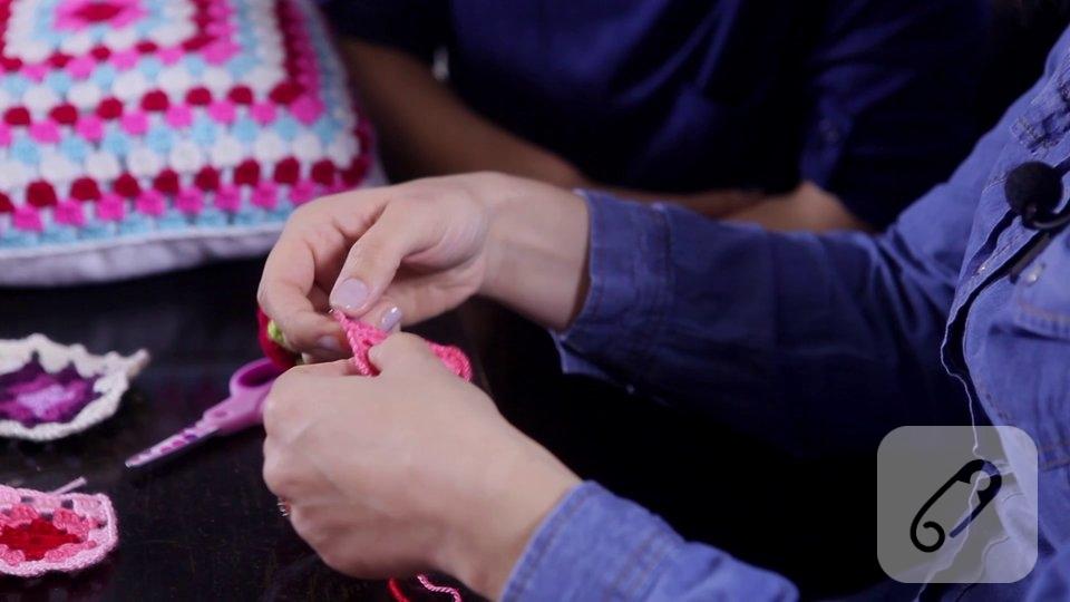 Video: Tığ işi hanım dilendi bey beğendi motifi nasıl yapılır?
