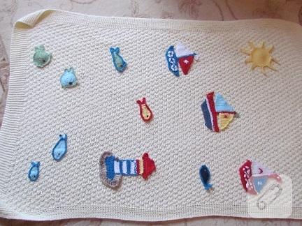 Aplikeli örgü bebek battaniyesi