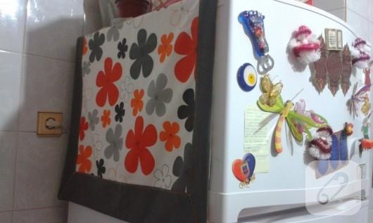 çiçekli kumaştan buzdolabı örtüsü