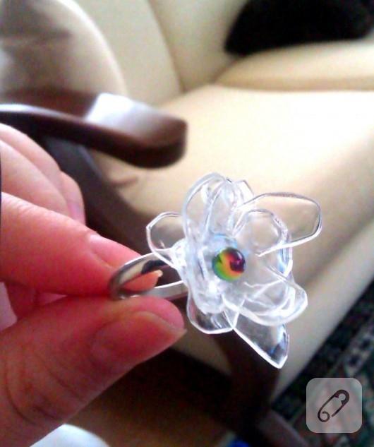 Pet şişeden çiçek yüzük
