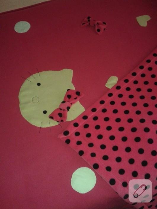 Hello Kitty'li nevresim takımı