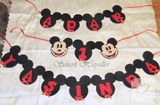 Mickey Mouse temalı duvar süsü